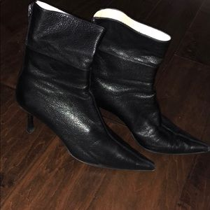 Gucci Black Leather Boots. Gently worn